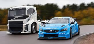 Camión vs auto – auto vs camión, ¿Quién ganará?